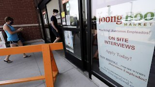 884,000 Workers File Weekly Jobless Claims