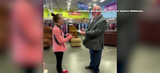 Oklahoma Goodwill employee finds $42k in donations