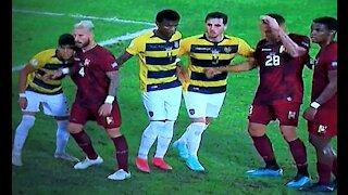 Ecuador empató 2-2 con Venezuela y se ubica en el penúltimo lugar del Grupo B de la Copa América
