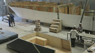 SOUTH AFRICA - Cape Town - Boat building (Video) (VZd)