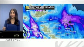 Prairie drivers threatened with damaging winds, heavy swath of snow