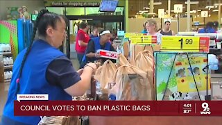 Cincinnati City Council votes to ban plastic bags for some businesses