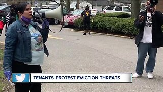 Grandview Pointe Apartment tenants protest after facing threats of eviction during pandemic