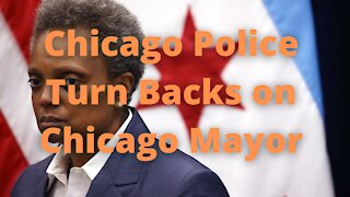 Chicago Police Turn Backs on Lori Lightfoot