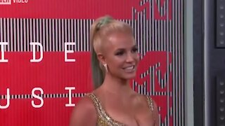 Britney Spears Debuts Previously Unreleased Song