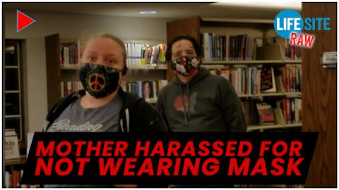 RAW: Mother of 7 harassed by library staff for not wearing a mask