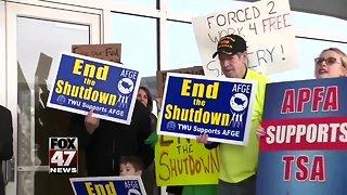 Senate fails to end government shutdown