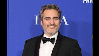 Joaquin Phoenix and Renee Zellweger among 2021 Golden Globes presenters