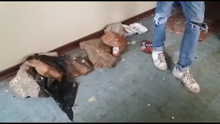 SOUTH AFRICA - Johannesburg - Homeless shelter (videos) (ZSC)