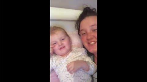 Mother and toddler sing Whitney Houston's 'I Have Nothing'
