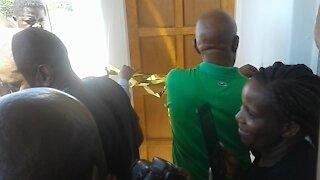 Slain Coligny teenager Matlhomola Mosweu's family receive a house (gTS)