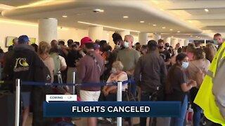 Spirit, American airlines cancel hundreds of flights