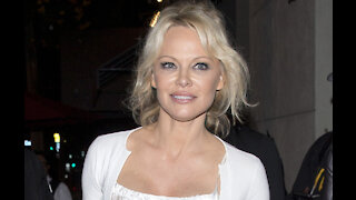 Pamela Anderson wanted to marry in pyjamas