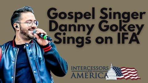 Gospel Singer Danny Gokey Sings on IFA