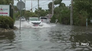 Tropical Storm Eta brings flooding to Fort Myers Beach