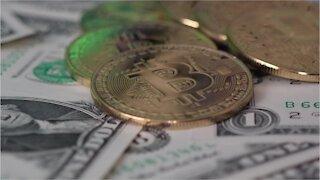 Bitcoin Hits 30K
