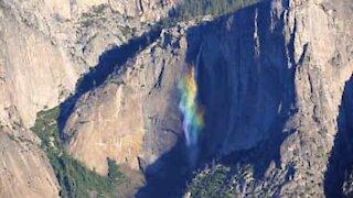 Yosemite Falls, cascate arcobaleno in California