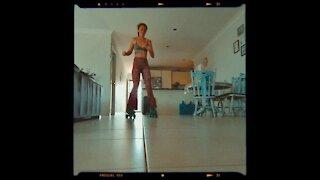 Living Room Skate 🤙🏽