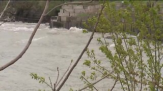 Near-record water levels on Lake Erie cause problems for homeowners