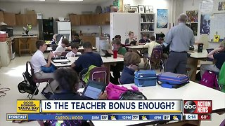 Governor Desantis announces $422 million in teacher bonuses