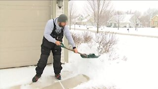 Tips for hiring a good snow removal service this winter