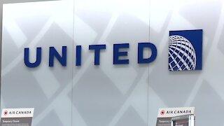 United Ditching $200 Fee On U.S. Flights