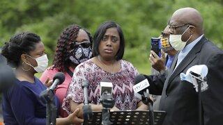 Dreasjon Reed's Family Calls For Probe Into Indianapolis Police