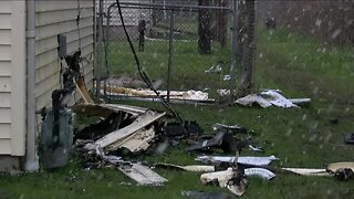 Family survives fire thanks to neighbors & a mailman