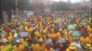 SOUTH AFRICA - Pretoria. COSATU and ANC march to UNION buildings (Xvx)