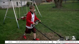 Positively the Heartland: Omaha boy mows lawns for free