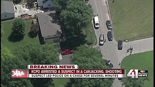 Police chase, arrest suspect in carjacking
