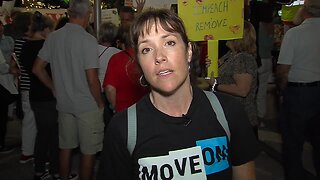 Protesters in West Palm Beach call for President Trump's impeachment