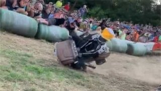 Toy buggy race ends in hilarious finish line fails