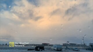 Timelapse: Cold front moves over Alberta bringing wind and snow