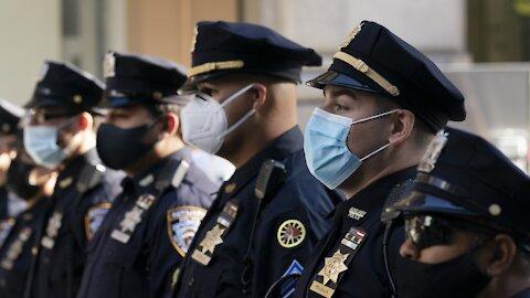 NYC Police Union Sues Over Mayor's COVID-19 Vaccine Mandate