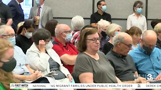 Public testifies as Unicameral considers redistricted maps