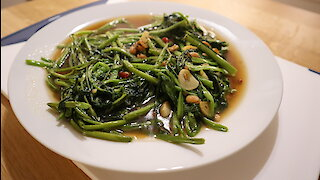 How to make fried morning glory with salted soy bean