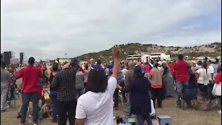 UPDATE 2 - Buchan arrives at Cape Town rally (Feu)