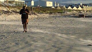 SOUTH AFRICA - Cape Town - Lagoon Beach (Video) (c3T)