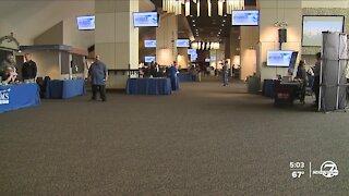 """It's just tough"": Underwhelming turnout at DIA's concessions job fair"