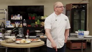 Chef Irvine visits JBLM