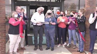 Vito's Espresso celebrates location move with ribbon cutting ceremony