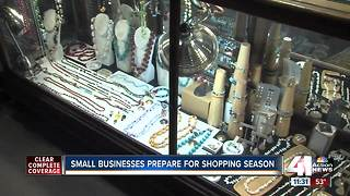 Small businesses prepare for holiday shopping season