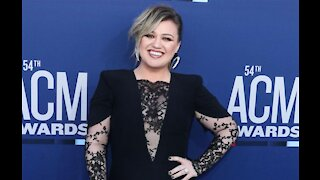 Kelly Clarkson sued by management firm over alleged unpaid commissions