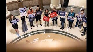 2 Election Integrity Bills Advance in Texas Legislature, Target People