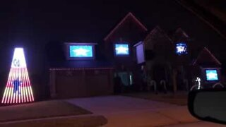 House lights up the night with this Christmas light show in the USA