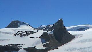 Canadian Rockies!! 🇨🇦🏔☀️