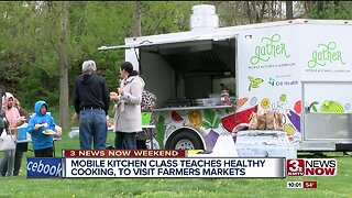 Families learn healthy cooking and handle food disparity, you can too