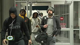 Packers fans welcome home team