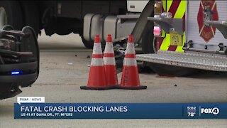 Fatal crash blocking lanes in Fort Myers